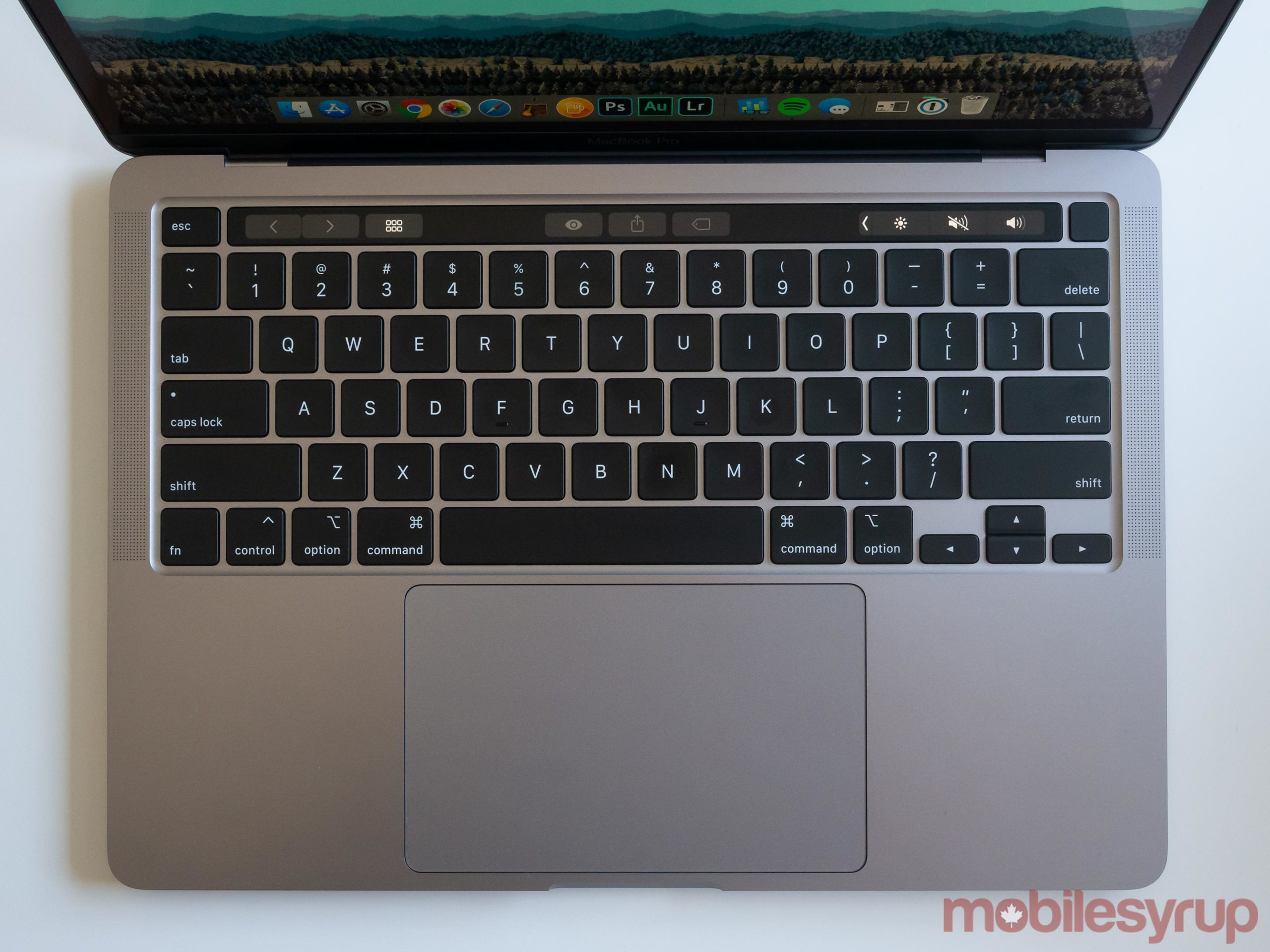 13-inch MacBook Pro (2020) keyboard