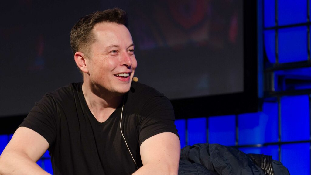Elon Musk says Canada is a priority for Starlink internet project