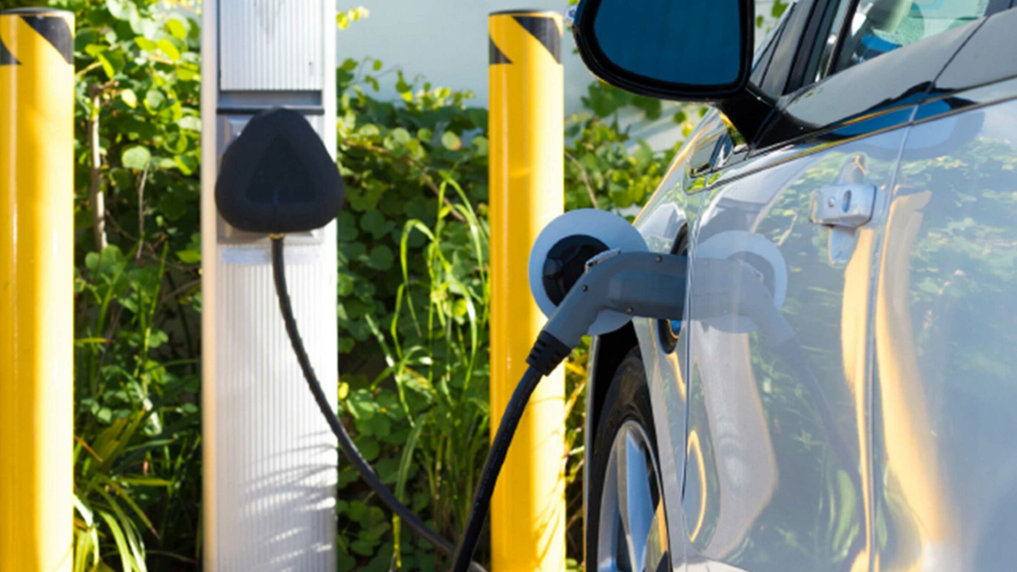 B.C. government installing 28 new EV charging stations on Vancouver Island