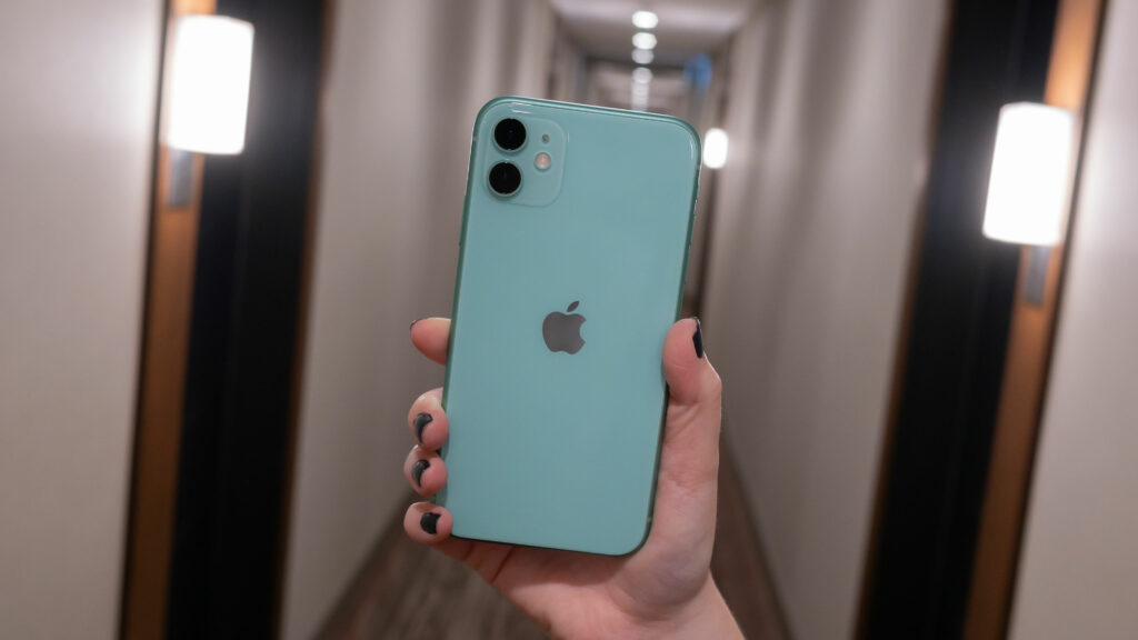 Apple rolls out fix for iPhone 11 green screen tint issue