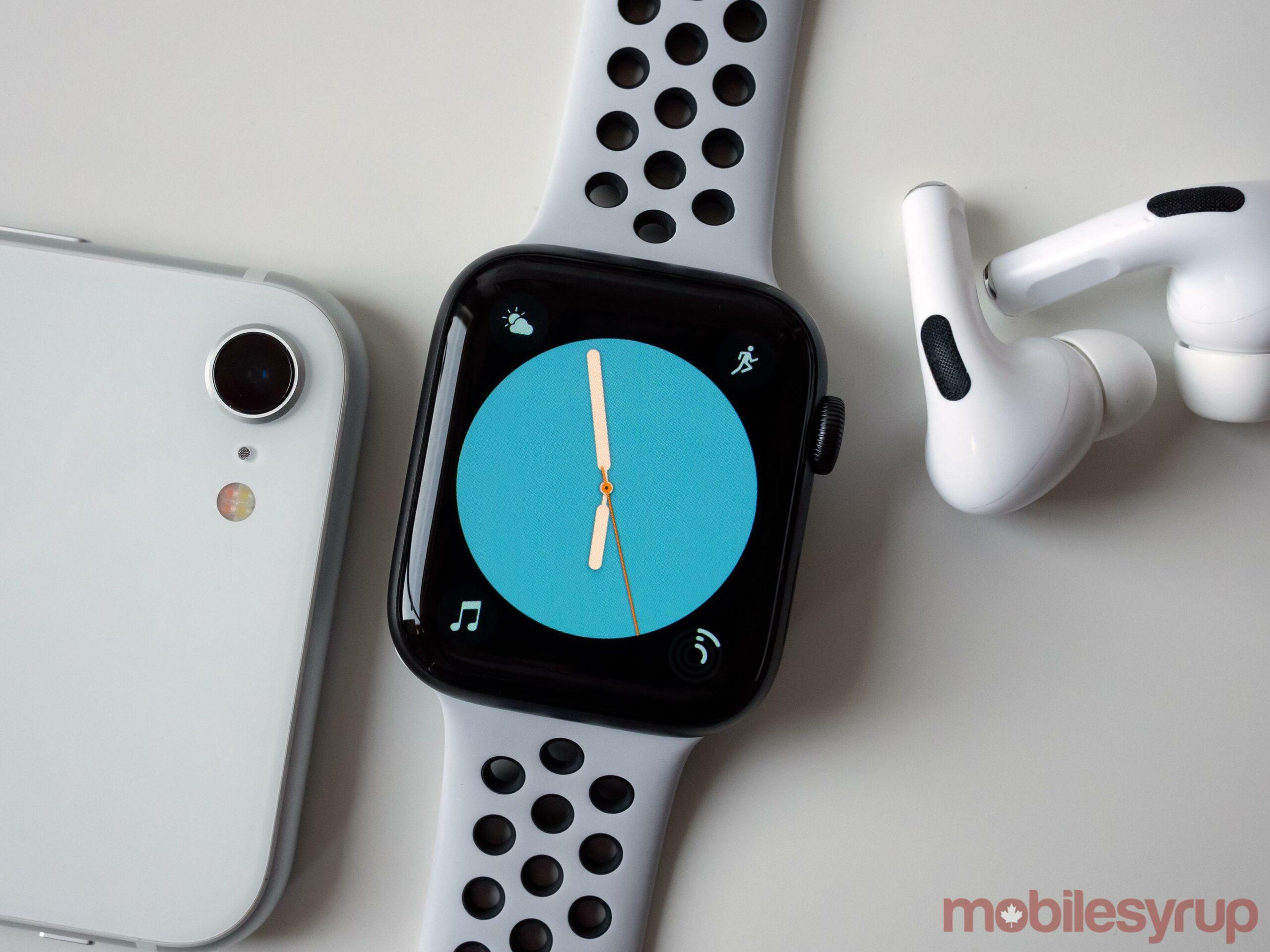 Apple Watch SE Colour Watch Face