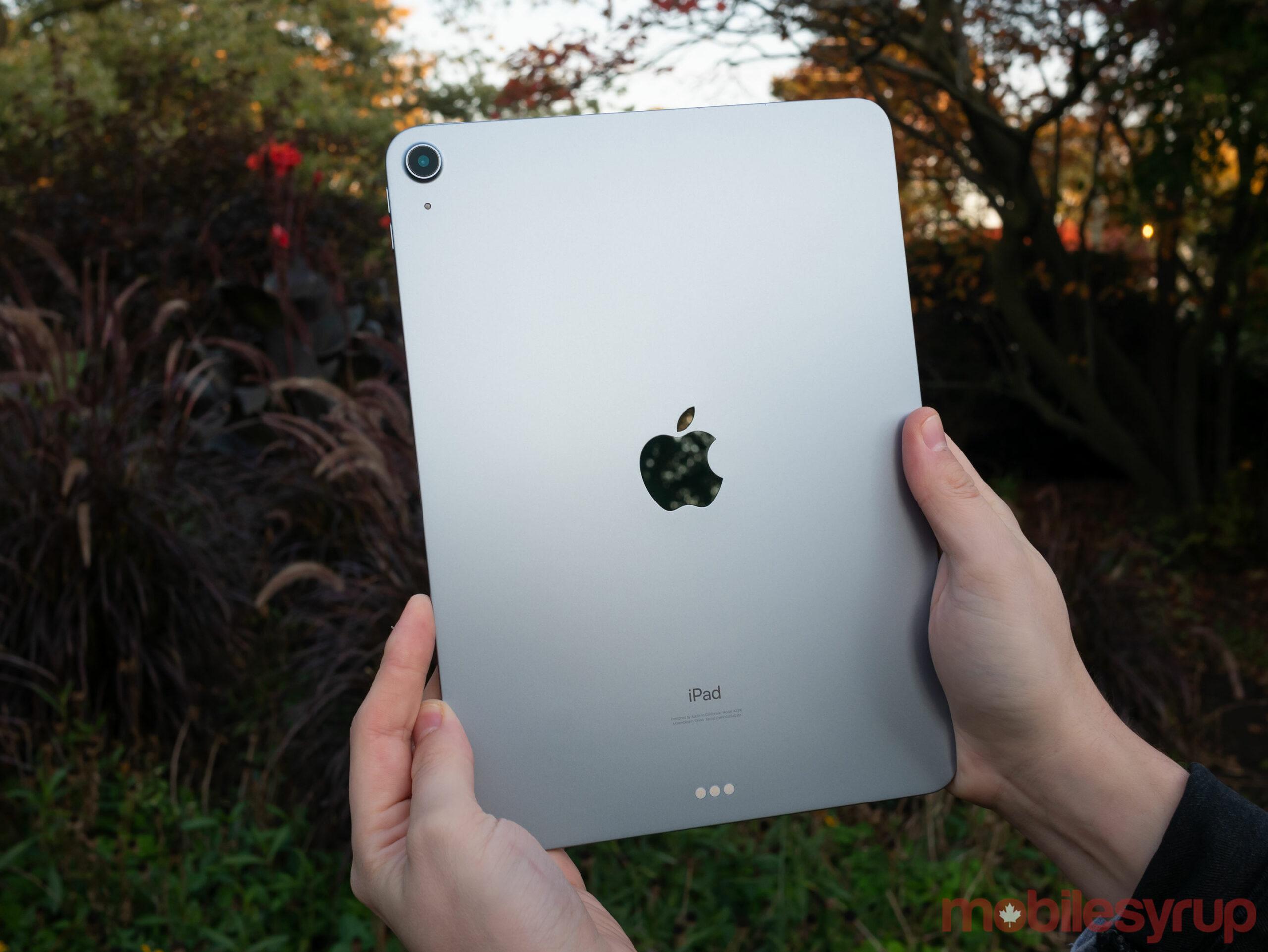 iPad Air (2020) back
