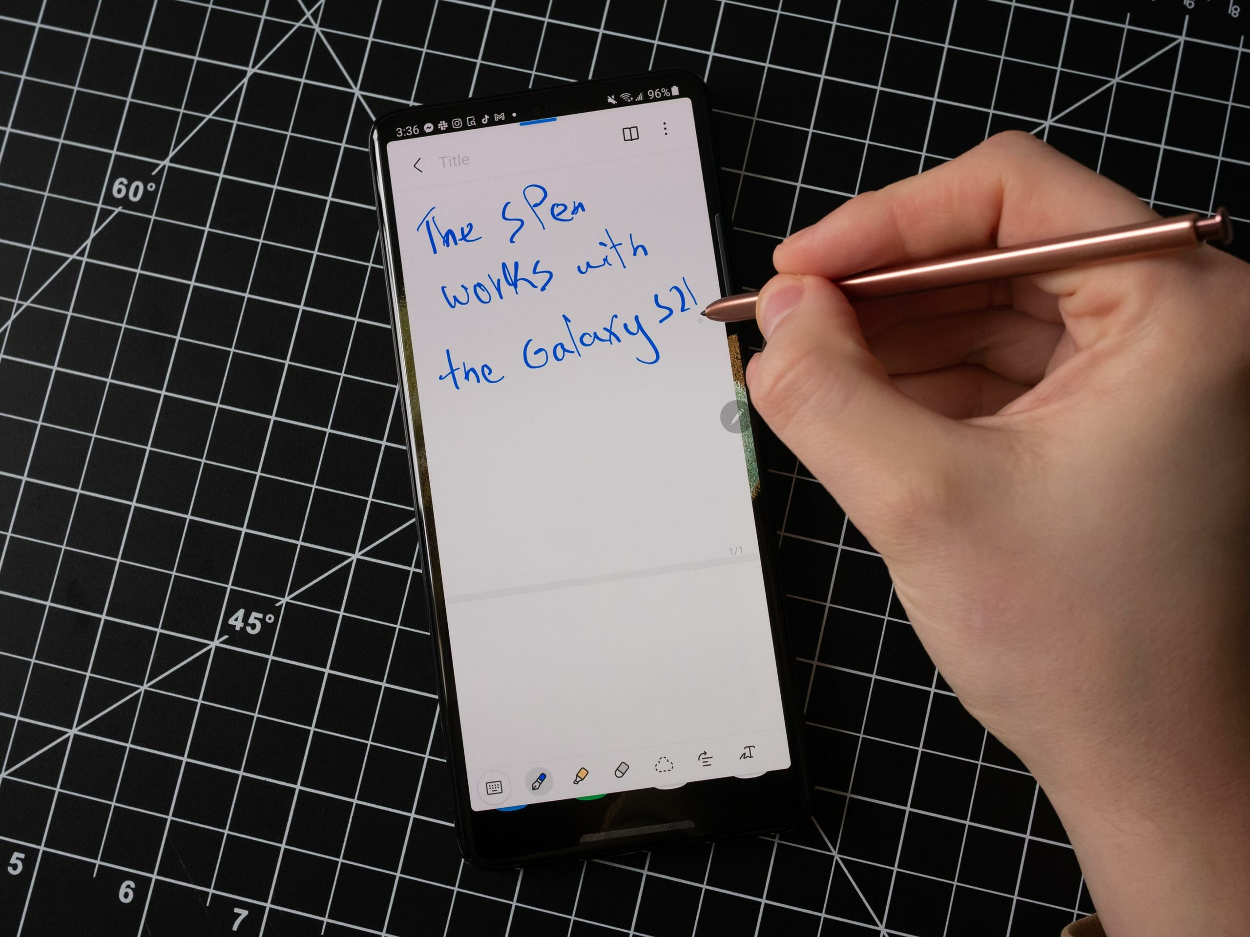 Galaxy S21 Ultra with a Note 20 Ultra S Pen
