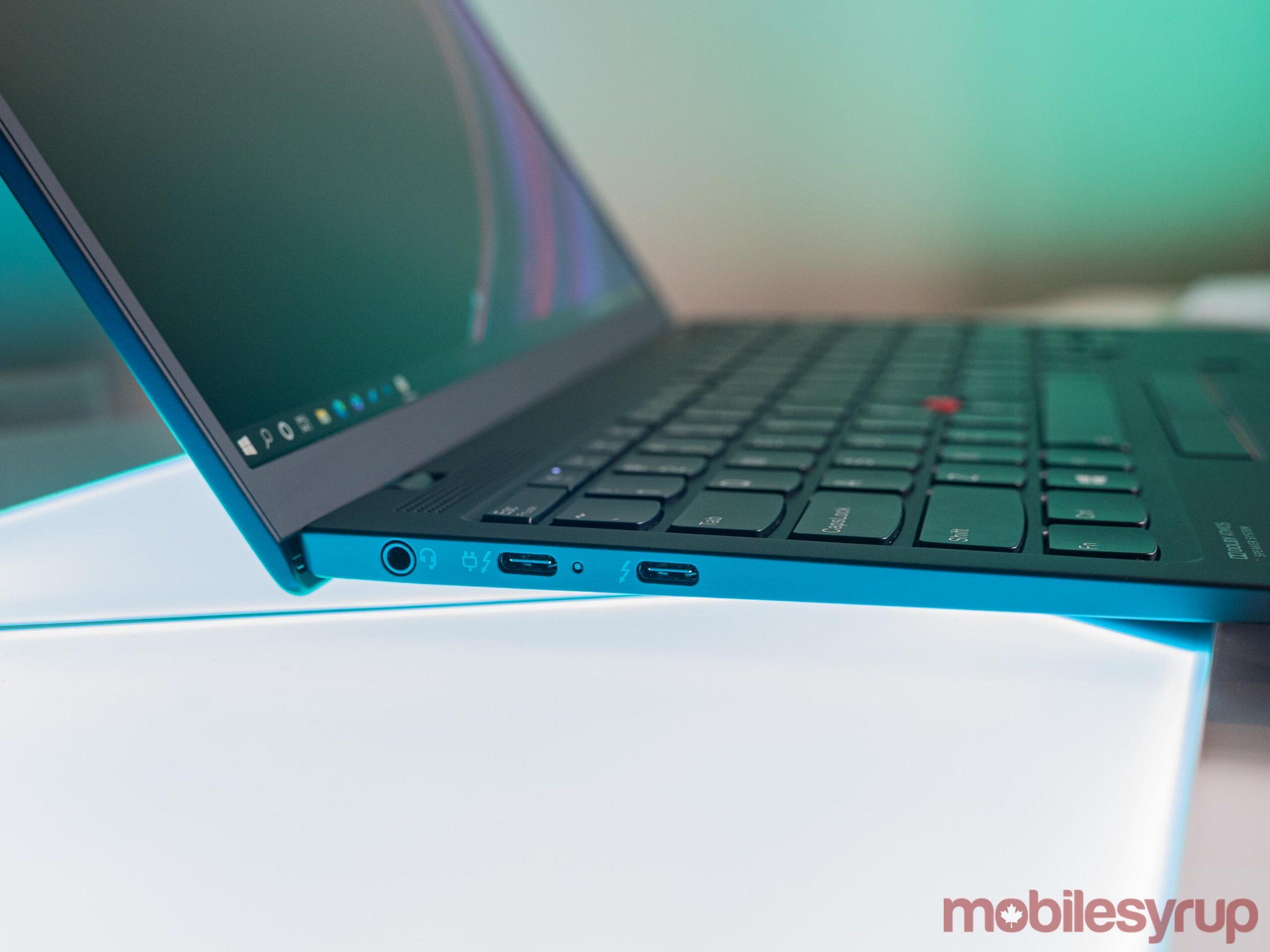 ThinkPad X1 Nano ports