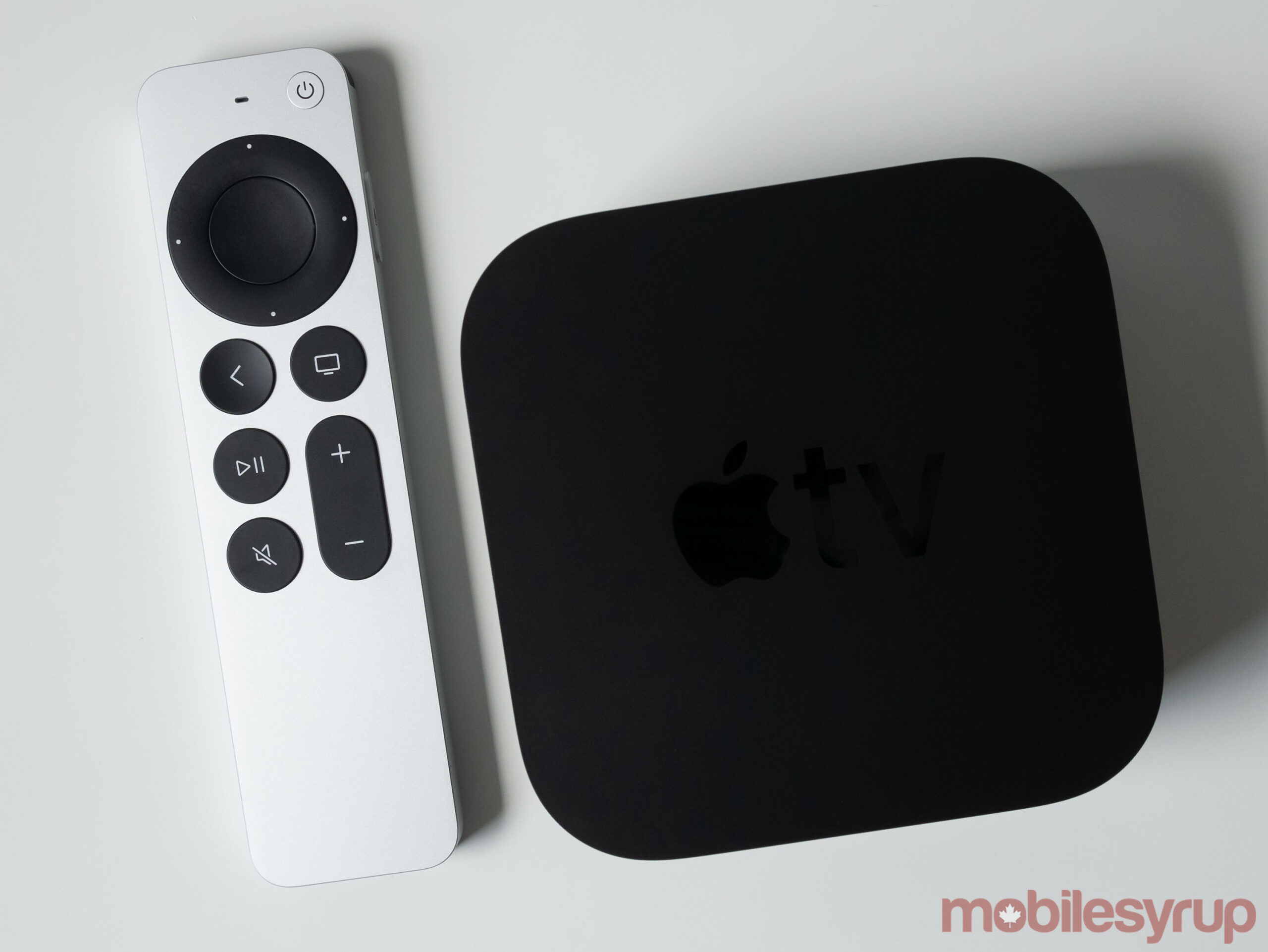 Apple TV 4K 2021 van boven naar beneden