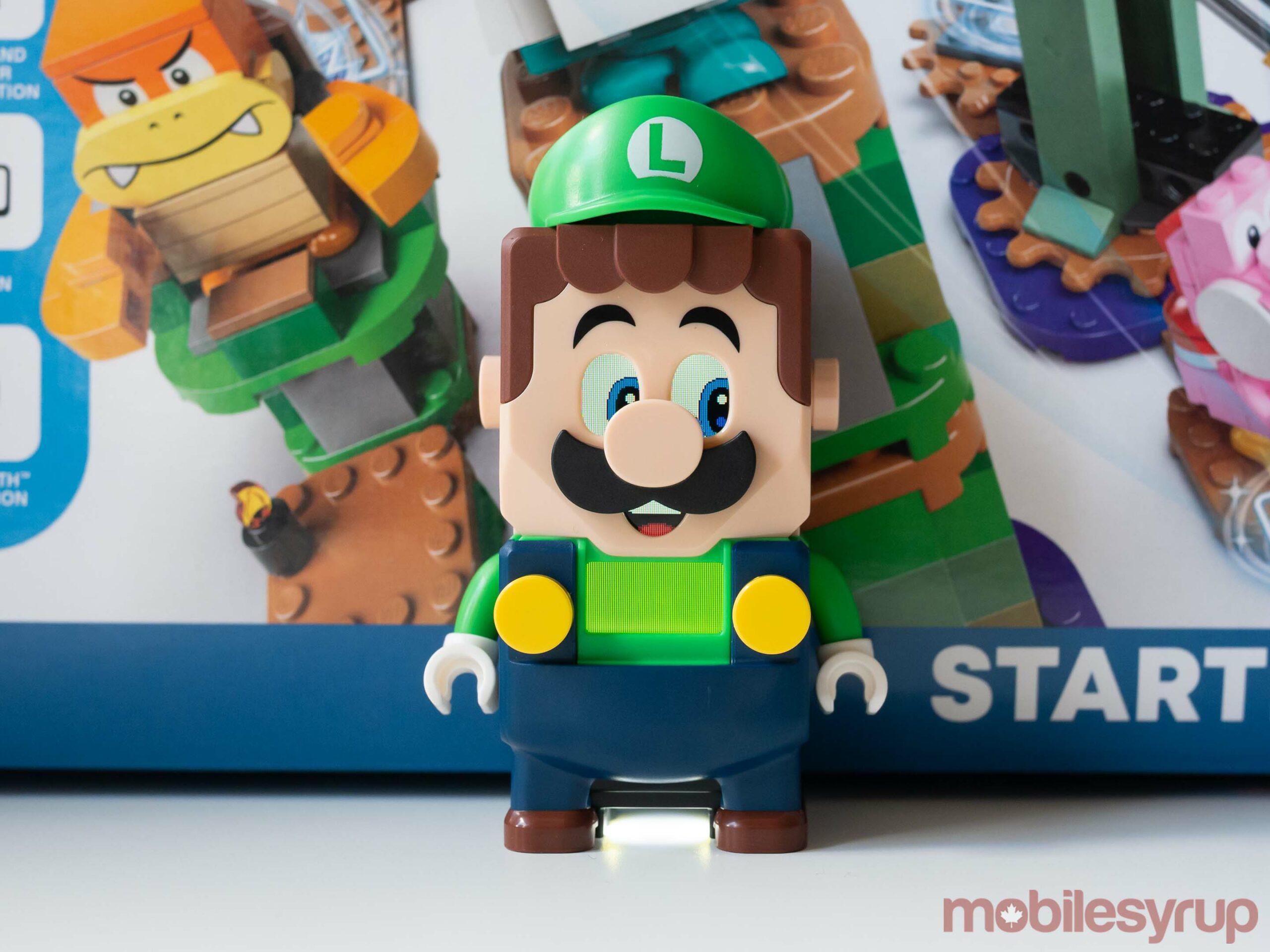 LEGO Luigi saluta