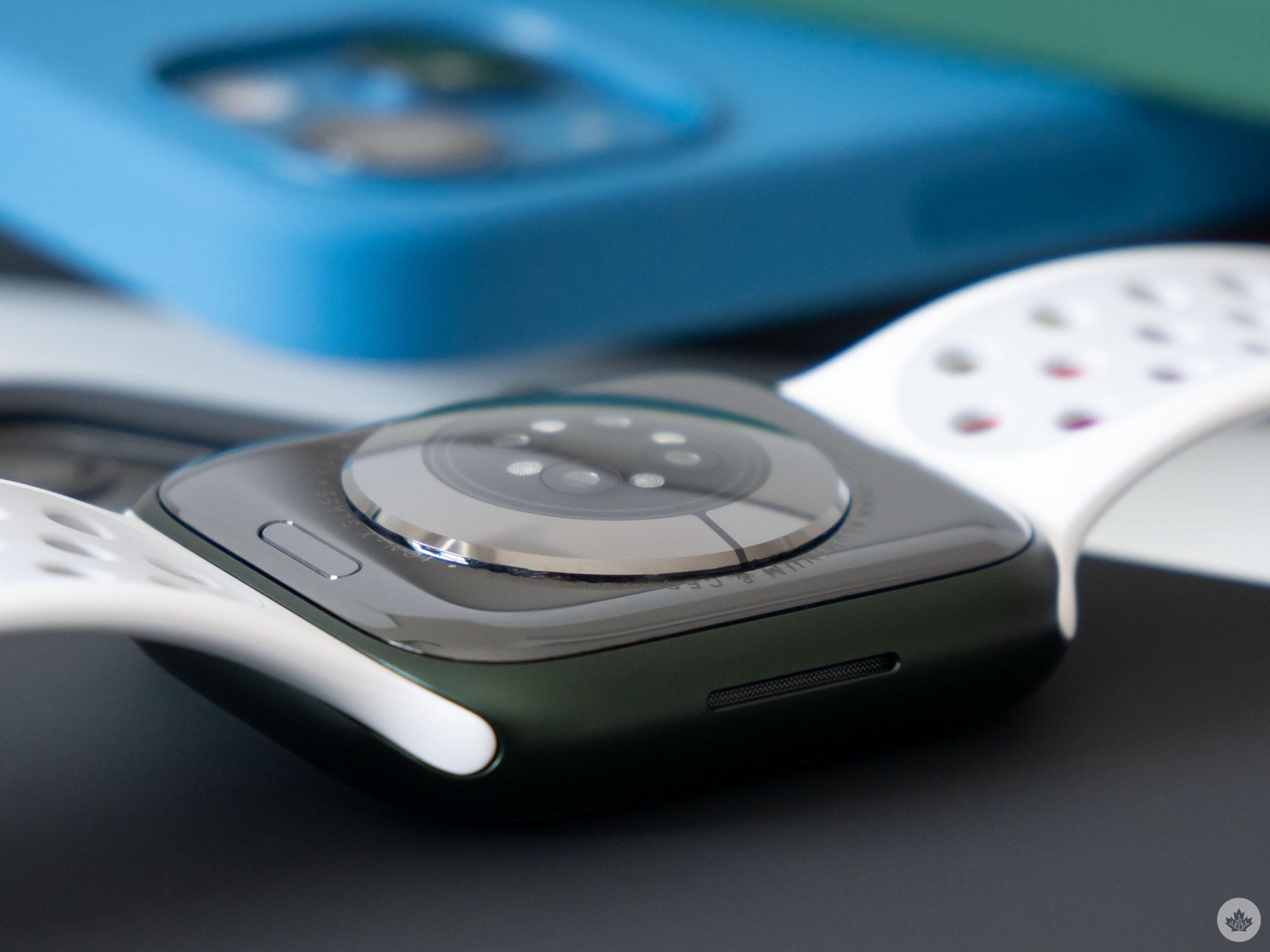 Apple Watch Series 7 back